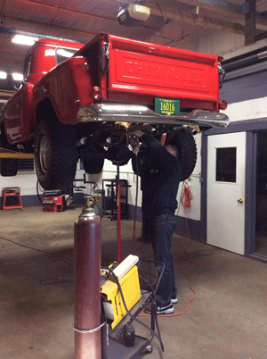 Parkside Auto Center | 420 Park Ave, Fredonia WI 53021 | Exhaust and Undercar Services